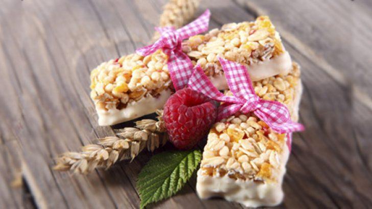 Yulaflı Ve Kuru Meyveli Diyet Bar Tarifi